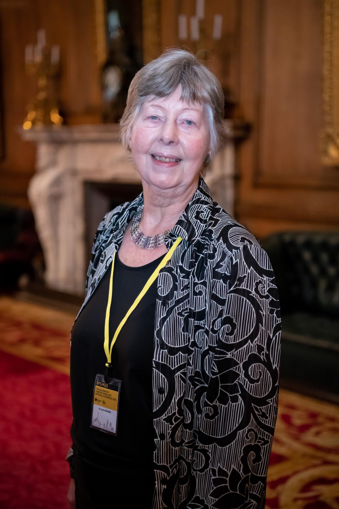 Dr Lynne Bartlett